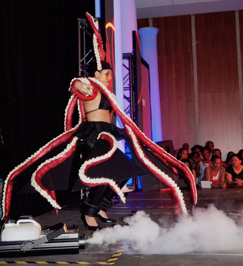 Octopussy Mas Costume